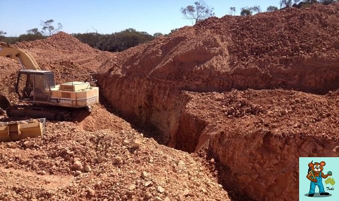 ボルダーオパール鉱山採掘の様子