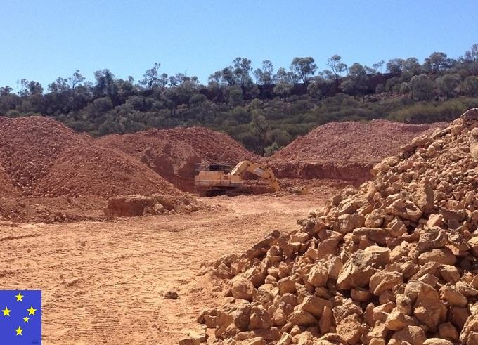 ボルダーオパール鉱山の様子シリカの丘